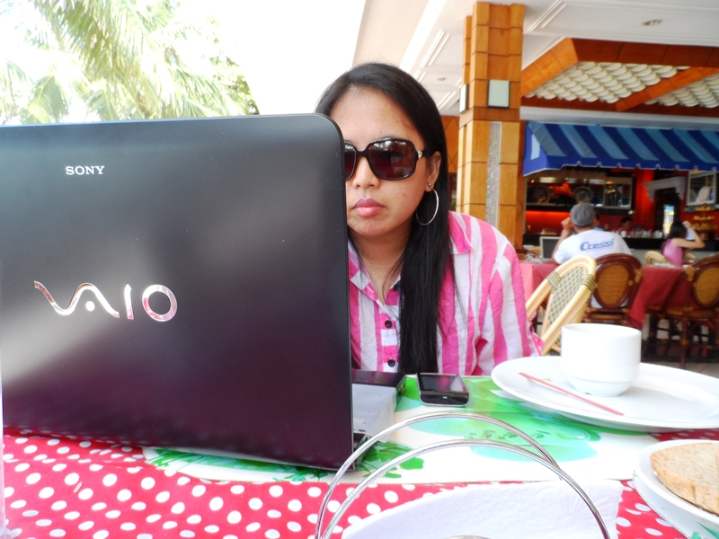 Working while Traveling Panglao Island Bohol 2013