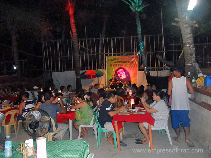 Band Singing - Boracay Island 2013