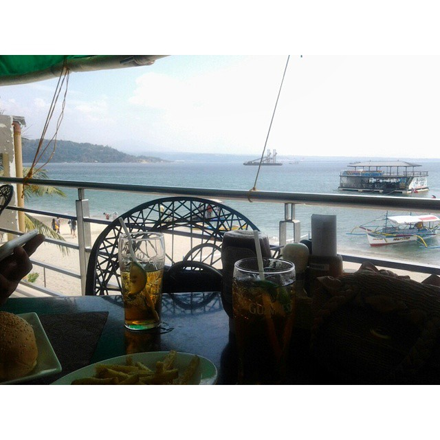 Traders Ric Resto and Bar Subic Bay Olongapo
