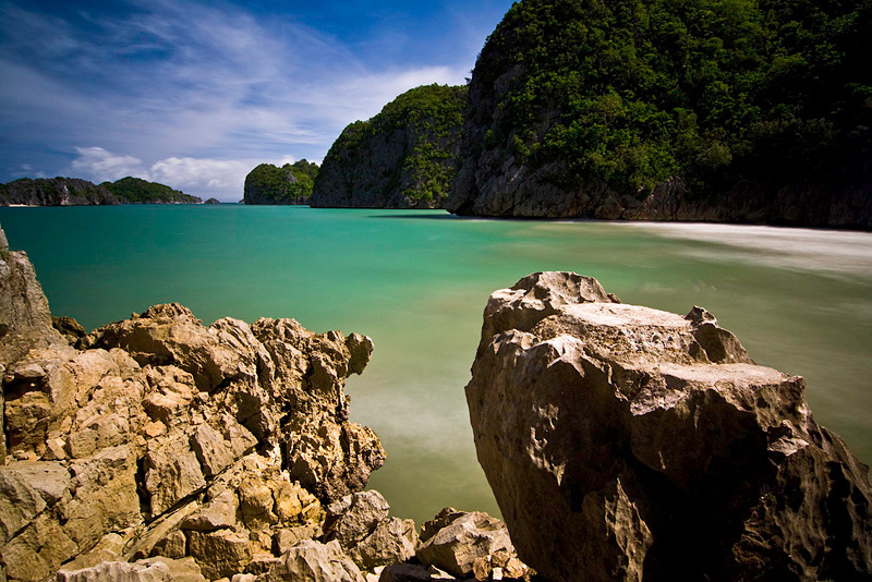 Stunning Beaches in the Philippines That Will Take Your Breath Away