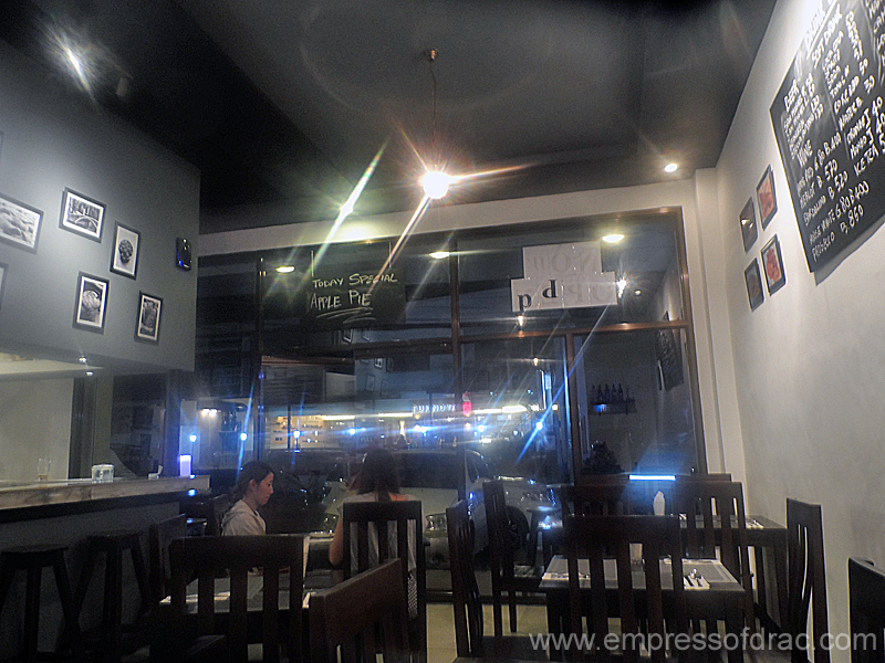 La Busa Italian Restaurant Cebu - Interior
