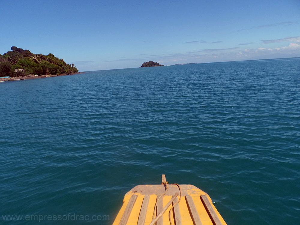 Pumpboat going to Pong Gamay - Pitogo Island Bohol