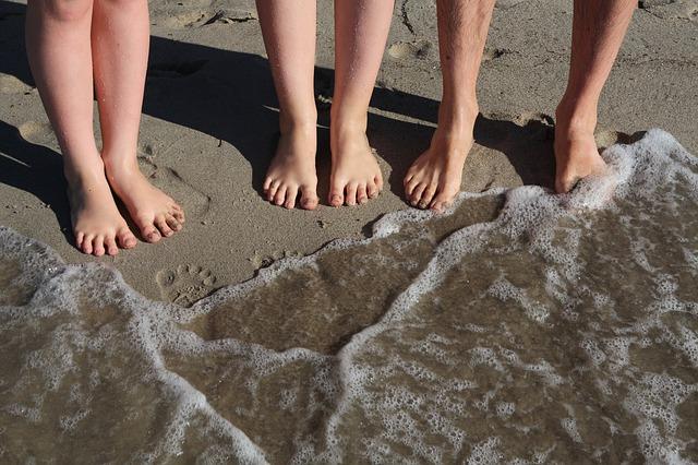 beach-910969_640